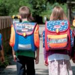 Öğrenciler Ağır Okul Çantası Taşımasın