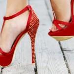 Aman Dikkat! Topuklu Ayakkabı Varise Neden Oluyor